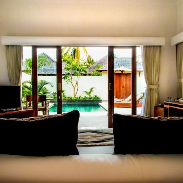 Utara Villa Living Room Suite
